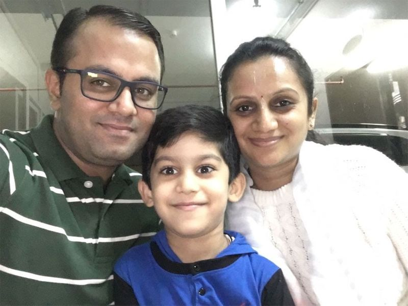 Khusboo-and-family_